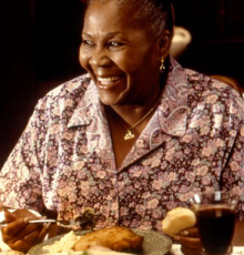 Irma P. Hall as 'Grandma Joe' the matriarch in the movie 'Soul Food.' (Image:  IMDB)